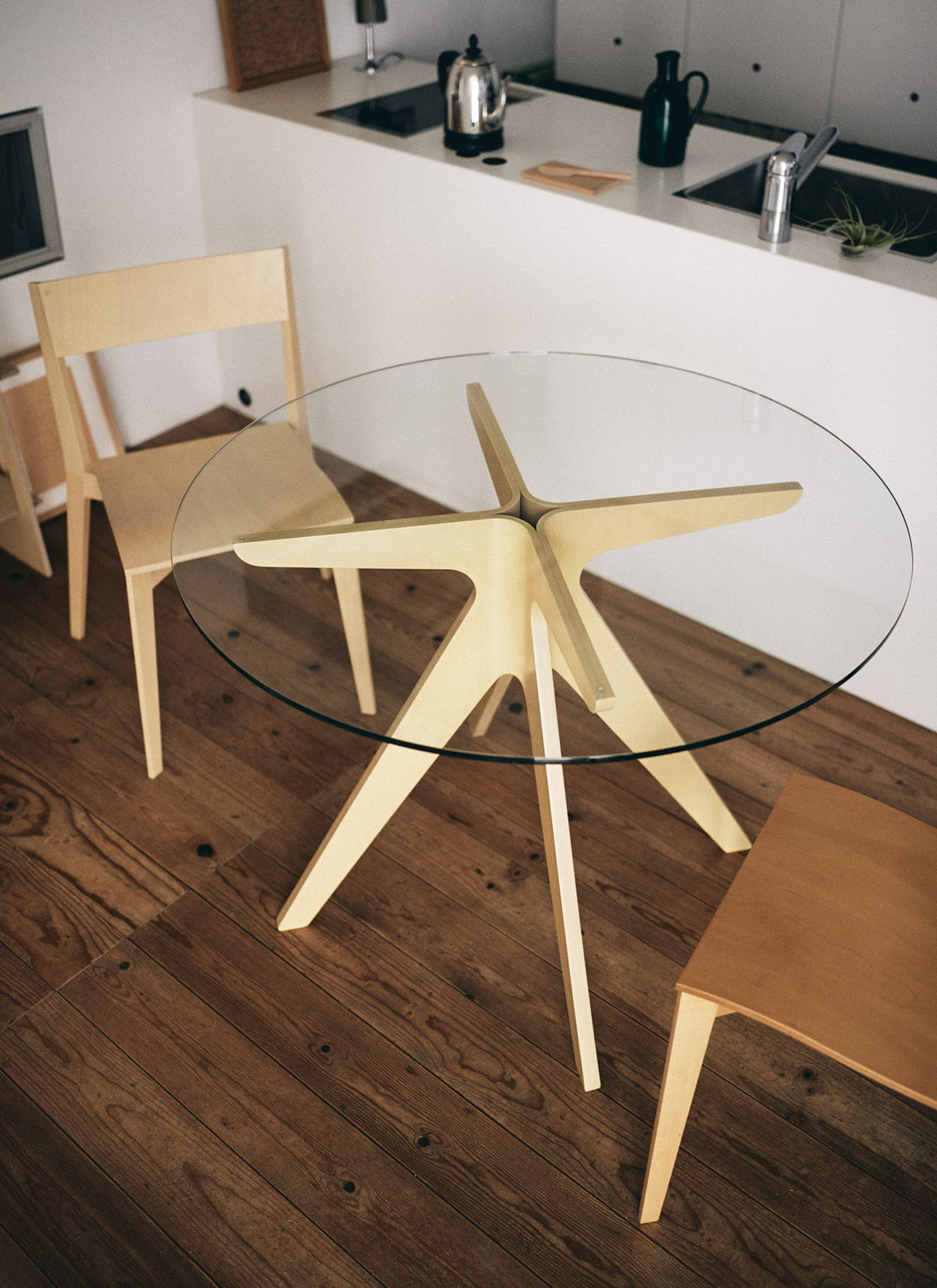 Pegasus Round Table Table Collection E Amp Y