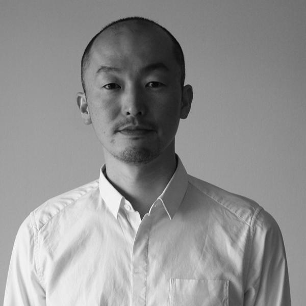 鈴木 元 designers e y