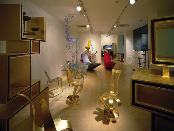 TOM DIXON EXHIBITION