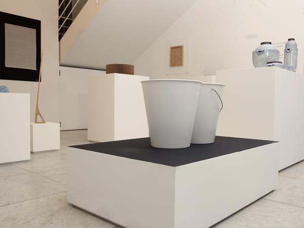 """edition HORIZONTAL multiple collection line""EXHIBITION / Design Museum"